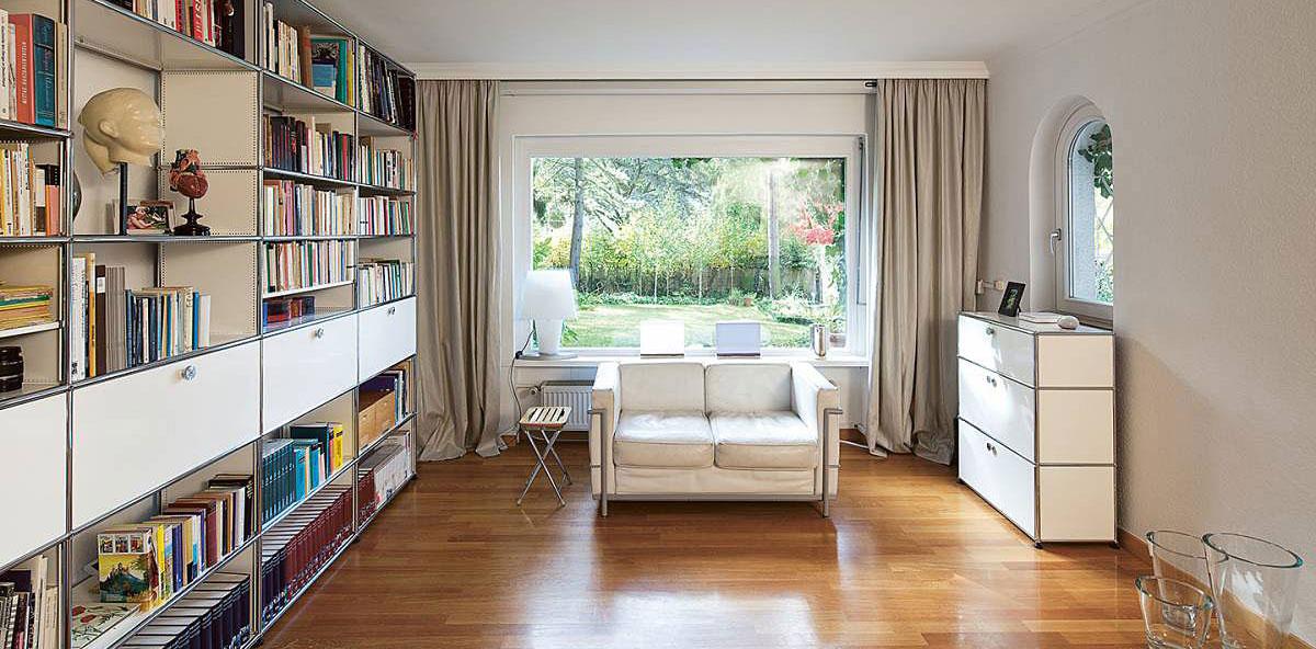 Büromöbel In Zürich Designklassiker Und Werke Aus Eigenem Atelier